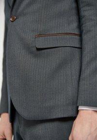 Next - HERRINGBONE - Suit jacket - grey - 4