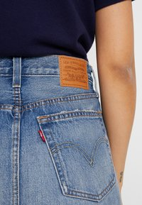 Levi's® - DECON ICONIC SKIRT - Áčková sukně - high plains - 4
