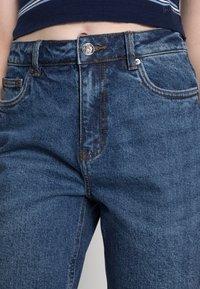 Vero Moda - VMBRENDA  - Straight leg jeans - dark blue denim - 4