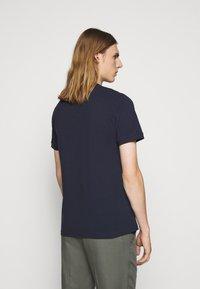 Les Deux - Basic T-shirt - dark navy/white - 2