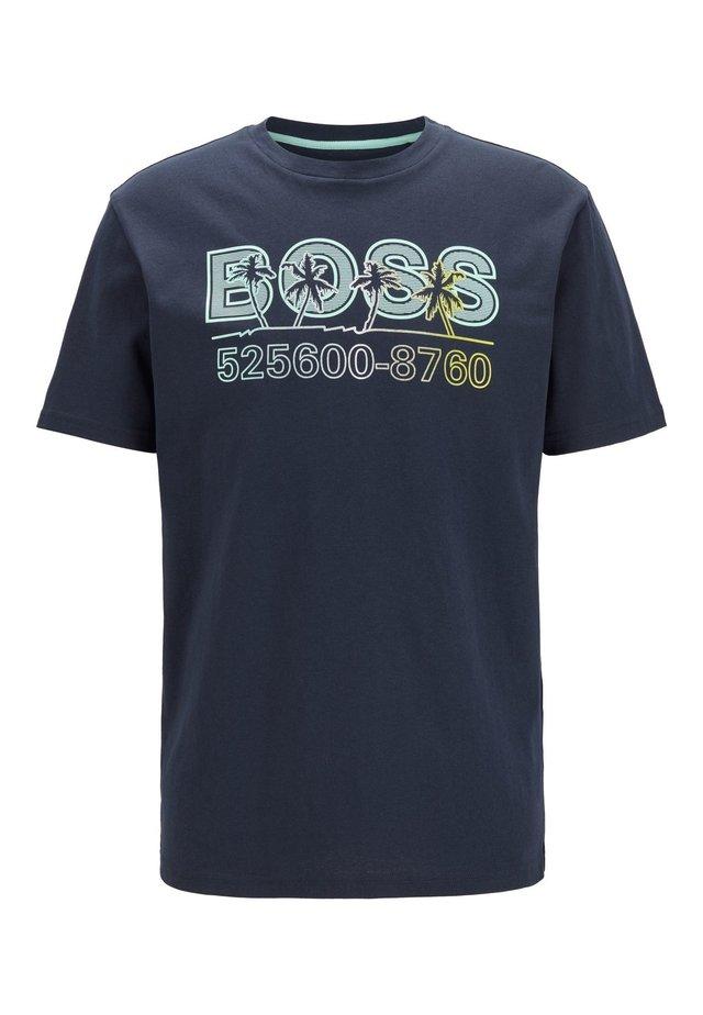 TSUMMER 3 - T-shirt med print - dark blue