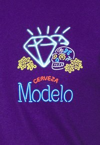 Diamond Supply Co. - NEON SIGN TEE - Print T-shirt - purple - 4