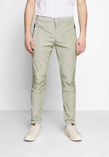 GENTS DRAWCORD TROUSER