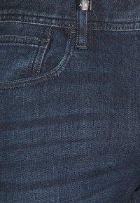 Armani Exchange - POCKETS PANT - Slim fit jeans - indigo denim - 2