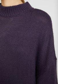 Monki - MALVA DRESS - Neulemekko - lilac purple dark unique - 5