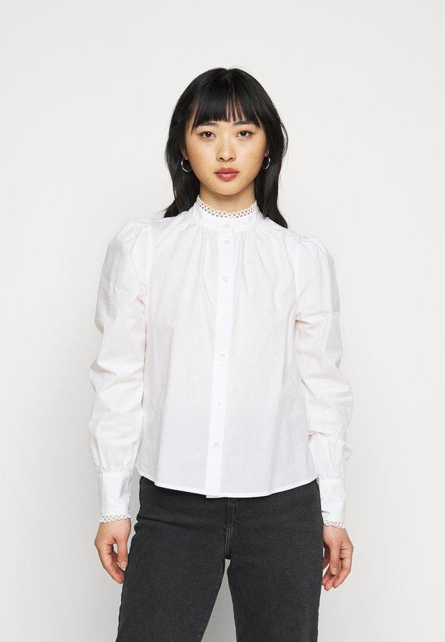ONLVINA - Button-down blouse - cloud dancer