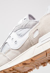 Saucony - SHADOW DUMMY - Sneaker low - grey/white - 5