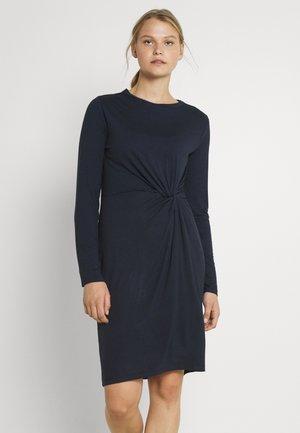PCNEORA KNOT DRESS - Jersey dress - sky captain
