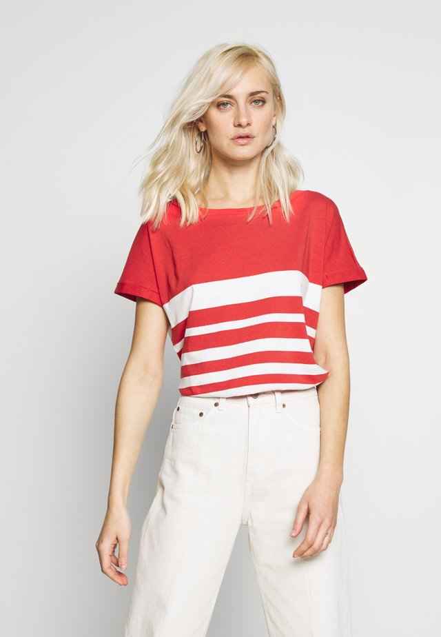 KURZARM - T-shirt med print - red