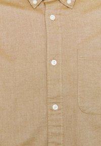 Selected Homme - SLHREGRICK FLEX - Camisa - teak - 2