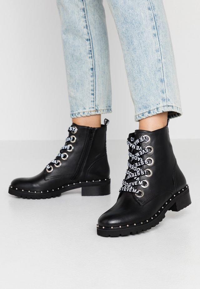 TESS - Bottines à lacets - black