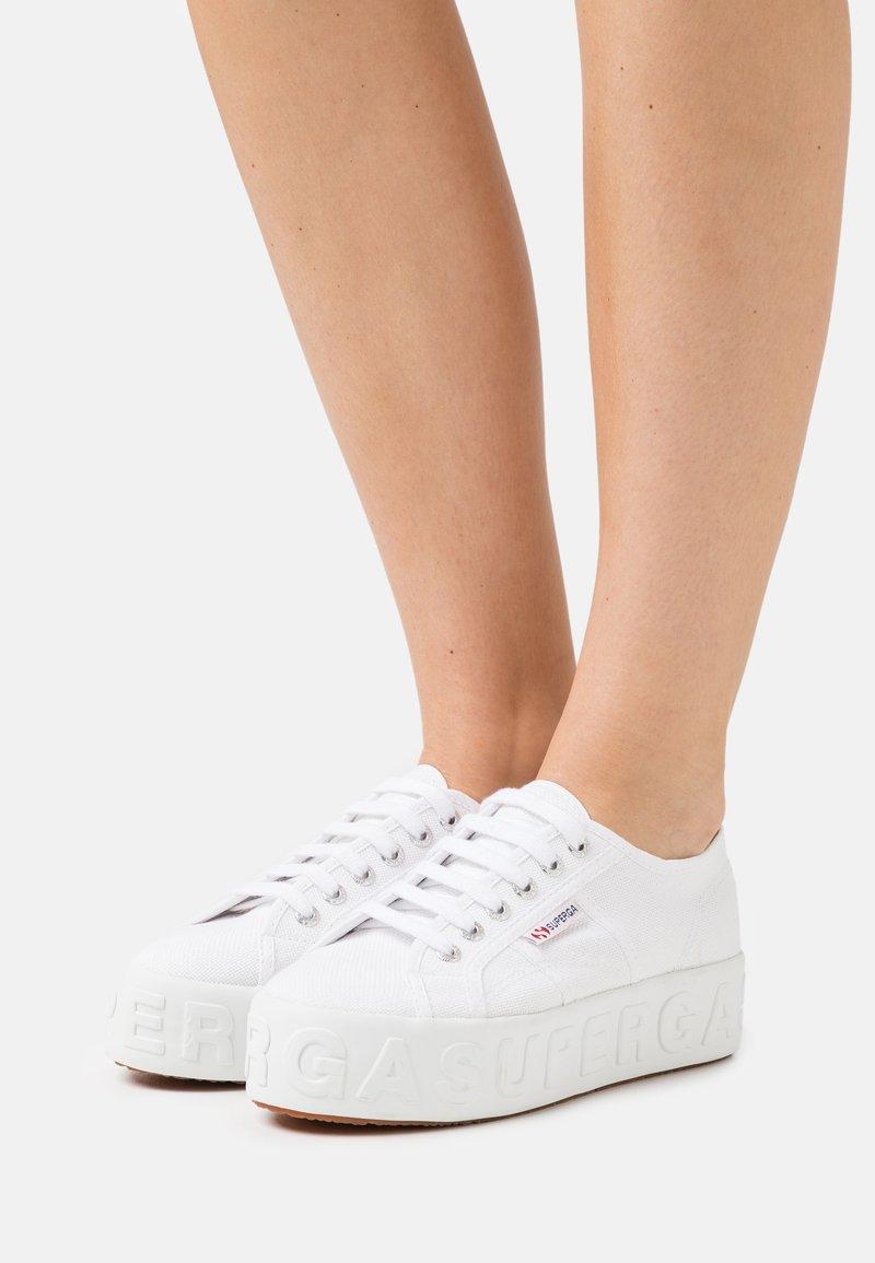 Superga - LETTERING 3D - Sneakersy niskie - white