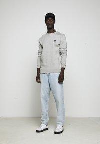 Les Deux - PIECE - Sweatshirt - light grey melange - 7