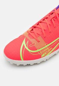 Nike Performance - MERCURIAL VAPOR 14 CLUB TF - Astro turf trainers - bright crimson/metallic silver - 5
