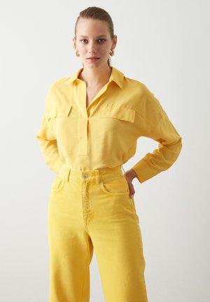 Pusero - yellow