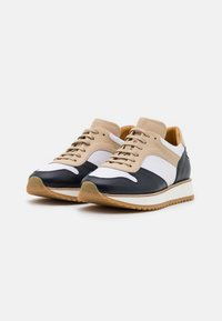 By Malene Birger - LOULA - Trainers - marzipan - 2