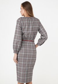 Madam-T - Shift dress - grau/ weinrot - 2