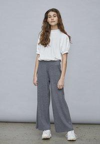 LMTD - Basic T-shirt - bright white - 0