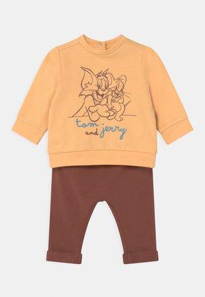 SET UNISEX - Sweatshirt - apricot sherbet