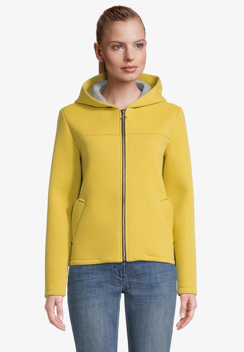 Amber & June - Sweater met rits - lemon curry