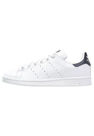 STAN SMITH - Matalavartiset tennarit - run white/new navy