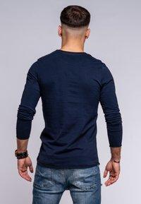 Jack & Jones - INFINITY  - Long sleeved top - navy blazer - 2