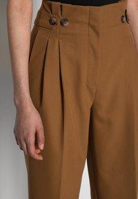 Selected Femme - SLFLEVA PANT - Trousers - rubber - 4