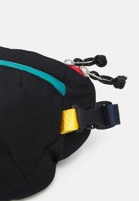 Doughnut - SEATTLE LUCAS BEAUFORT UNISEX - Bum bag - black - 3