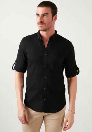 BUTTON-DOWN COLLAR  - Camicia - black