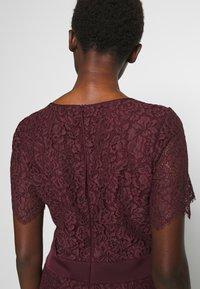 HUGO - KLEAS - Pouzdrové šaty - medium red - 5