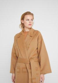 Elisabetta Franchi - Classic coat - cammello - 3
