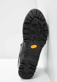 Salewa - MTN TRAINER MID GTX - Mountain shoes - charcoal/papavero - 4