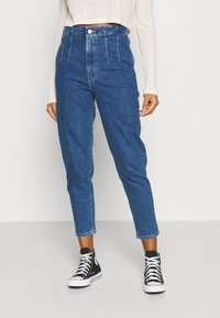 Levi's® - HOLLYWOOD WB HW TAPER - Jeans relaxed fit - blue denim - 0