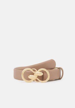 PCKIVA JEANS BELT KEY - Belte - warm sand/gold-coloured