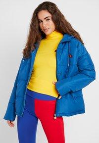 Ellesse - PEJO - Lehká bunda - blue - 0