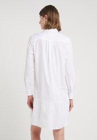 Bruuns Bazaar - ROSA ALLIA DRESS - Shirt dress - white - 2