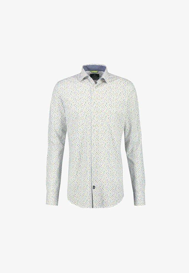 BUTTON DOWN - Shirt - weiß