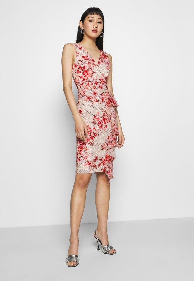 SIDE FRILL PRINTED MIDI DRESS - Jersey dress - pink