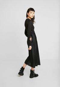 AllSaints - KOWLO SHINE DRESS - Hverdagskjoler - black - 3