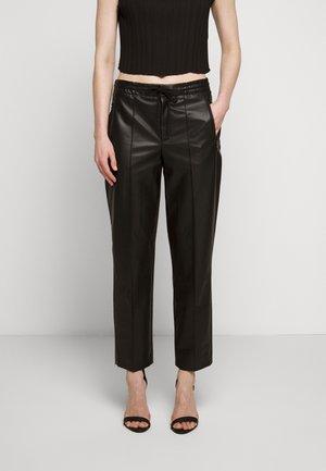 ACCESS - Trousers - schwarz