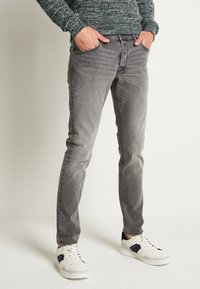 Jack & Jones - JJIGLENN JJORIGINAL - Slim fit jeans - grey denim - 0