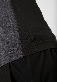 Your Turn Active - T-shirt imprimé - dark gray - 5