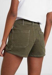 TWINTIP - Denim shorts - khaki - 3