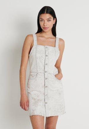 BUTTON DOWN TANK DRESS - Denim dress - bleach grey