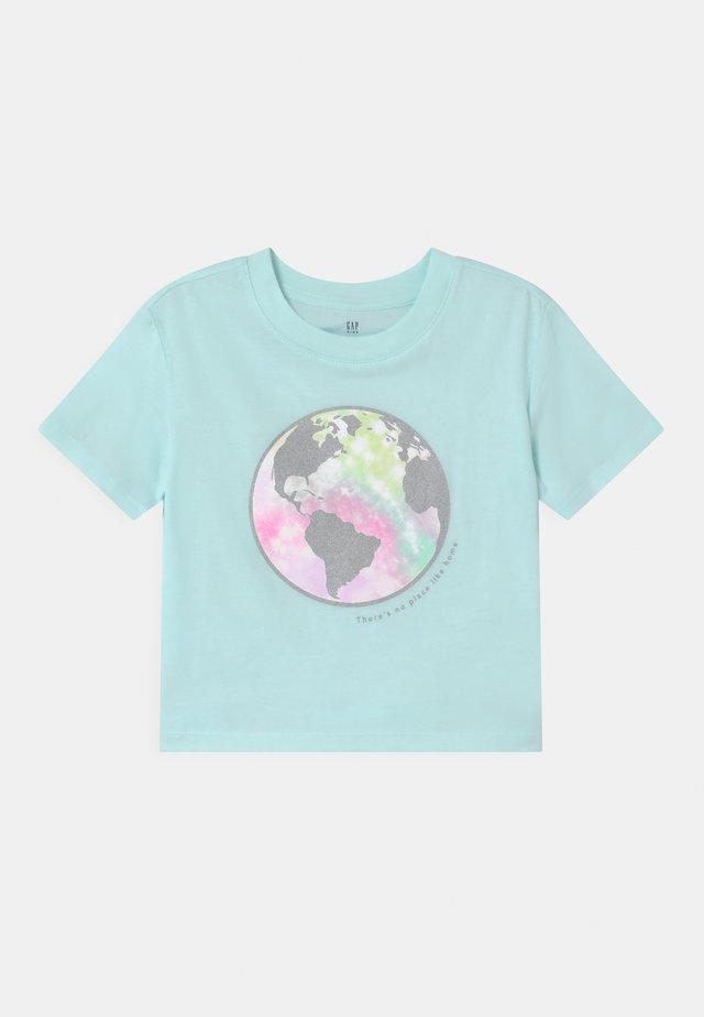 BOXY  - T-shirts print - glass of water