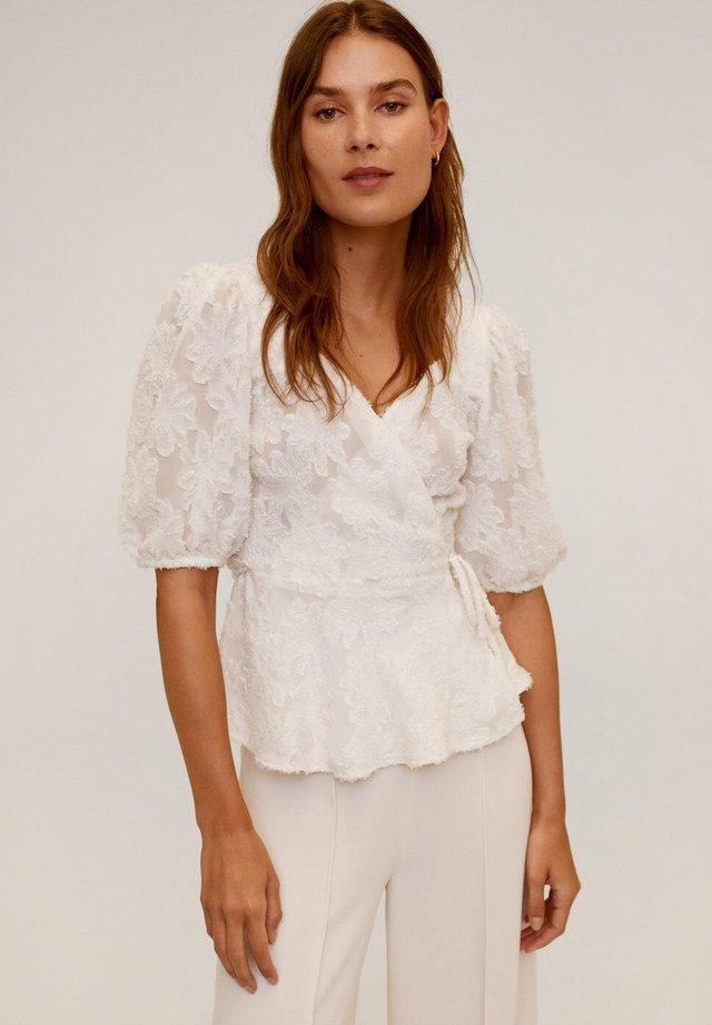 RUSSI - Blouse - cremeweiß