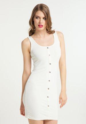 Pouzdrové šaty - weiss