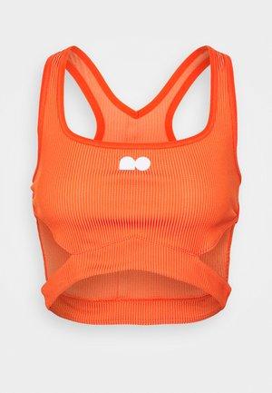 CROP - T-shirt sportiva - orange frost/team orange/white