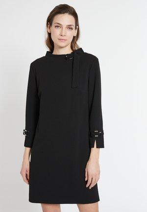 A-LINIEN EGANI - Jumper dress - schwarz