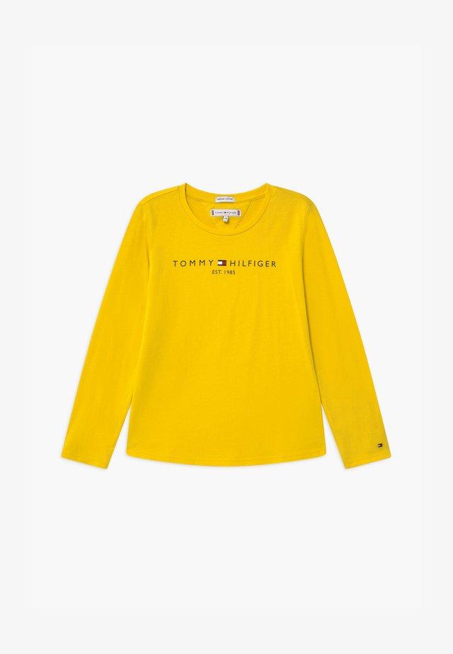 ESSENTIAL TEE - Maglietta a manica lunga - yellow